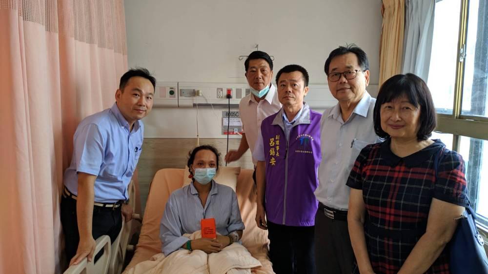 外勞仲介小額捐款助外籍病婦   燃起生命戰火